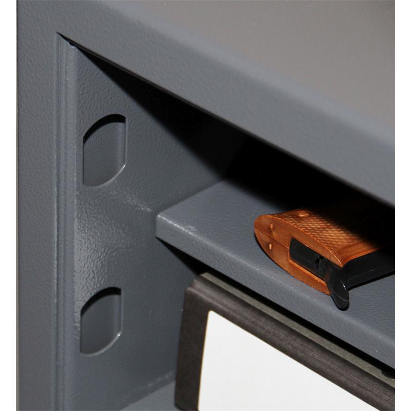 format m beltresor safe m 410 f r munition stufe b nach vdma 24992 stand mai 1995. Black Bedroom Furniture Sets. Home Design Ideas
